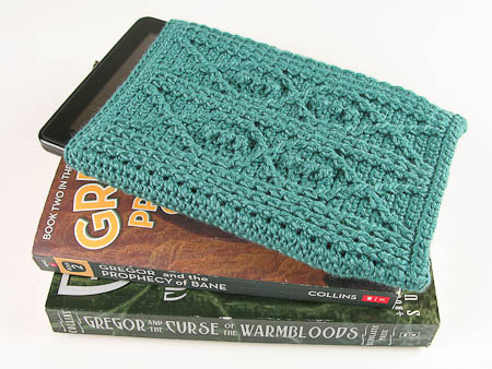 Carrie Wolf - Crochet Kindle Fire Cover Pattern