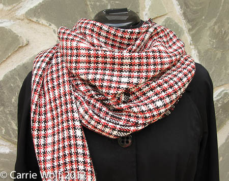 Carrie Wolf - Rigid Heddle Weaving Pattern - Graphic Houndstooth Tomato Red Black and White