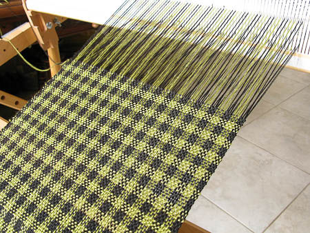 Carrie Wolf - Rigid Heddle Weaving Pattern - Houndstooth Check